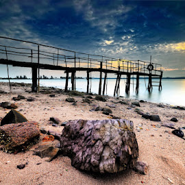 ::. Rock Sand .:: by Echi Amenk Fariza - Nature Up Close Sand