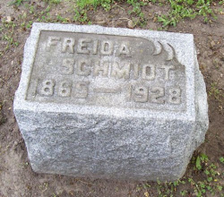 Photo: Schmidt, Freida