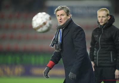 VAR 'eventjes kapot'? Francky Dury reageert op de hele zaak na beslissende fase in Zulte Waregem - KV Oostende