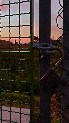 Un varco verso il tramonto di Fabio Busignani