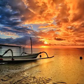 the Boat at Sunrise by Ina Herliana Koswara - Transportation Boats ( sky, sanur, beach, sunrise, boat )