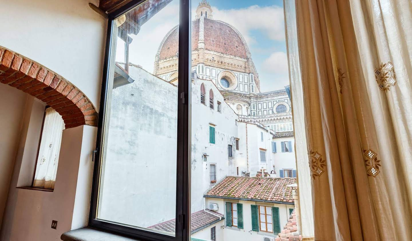 Apartment with terrace Florence