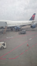 Photo: 成田到着。蒸し暑い。