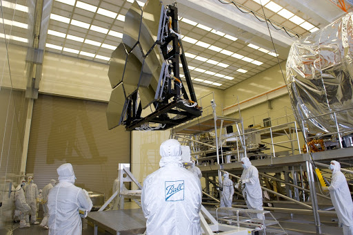 JAMES WEBB SPACE TELESCOPE CRYOGENIC TEST #4 SIX MIRROR DE-INTEGRATION X-RAY & CRYOGENIC FACILITY.