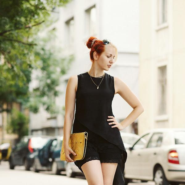 OOTD Antonia: Black - Gold