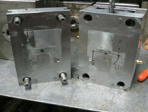 Standard Two Plate Injection Moulding tool