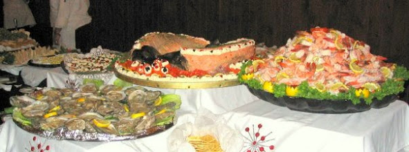 Photo: Seafood Station with poached Salmon