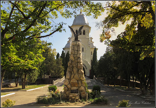 Photo: Turda - Piata Republicii la intersectie cu Piata 1 Decembrie 1918 - Monumentul Eroilor Aviatori  - 2019.09.16