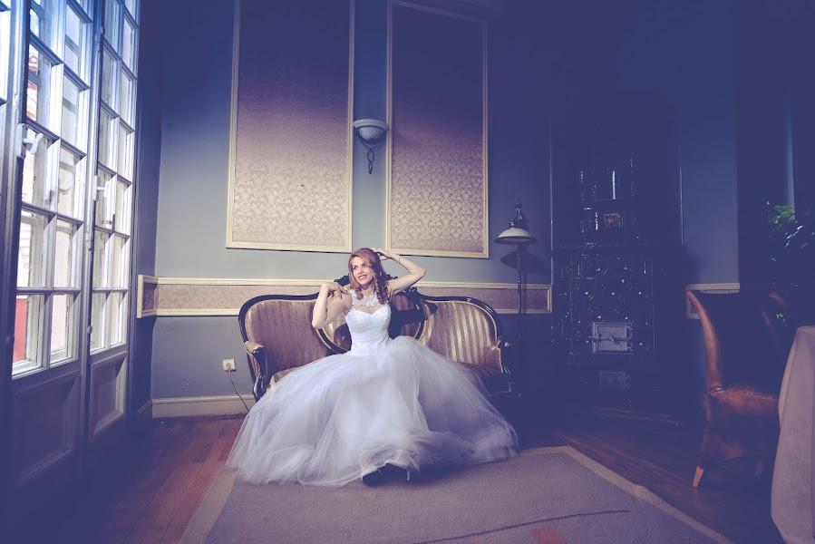 Wedding photographer Andi Voicu (abysphotography). Photo of 16.11.2016