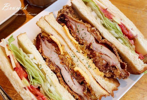 七二食事 華麗豐盛炸雞總匯×超人氣早午餐 各式拼盤 紫薯鮮奶 高雄夯店
