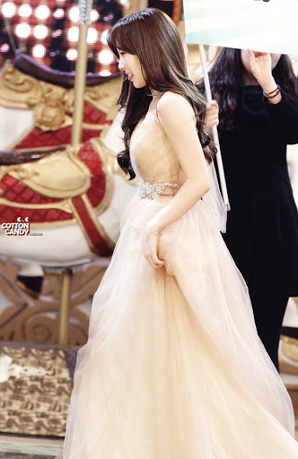 taeyeon gown 56