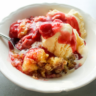 Cherry Cinnamon Crockpot Cobbler