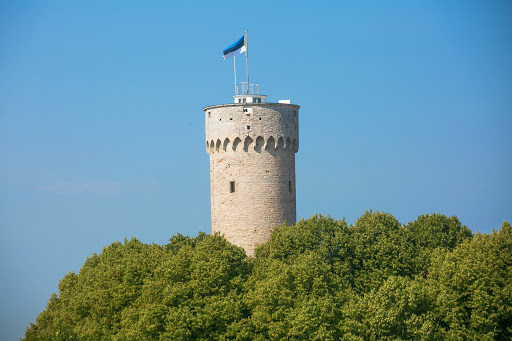 tallinn-tall-hermanns-tower.jpg - Pikk Hermann or Tall Hermann, a tower of Toompea Castle, dates to the 1500s in Old Tallinn.