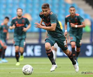 """Ajax lijkt Razvan Marin gewoon te willen houden: """"We strijden nog mee in drie competities"""""""