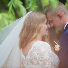 Wedding photographer Anna Starovoytova (bysinka). Photo of 02.09.2018