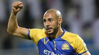 Nordin Amrabat está jugando en el Al-Nassr.