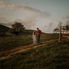 Wedding photographer Fanni Jágity (jgity). Photo of 25.04.2017