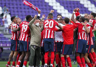 🎥 Titelfeest Atlético loopt uit de hand en politie grijpt in, Carrasco probeert gemoederen te bedaren