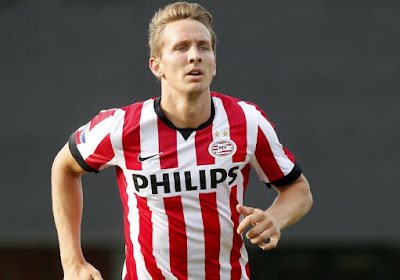 Le PSV file vers le titre