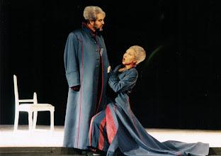 """Photo: Ortrun Wenkel  Aalto-Theater, Essen  Fricka in """"Walküre"""", Wotan: Siegmund Nimsgern, Klaus Dieter Kirst / Wolf-Dieter Hauschild"""