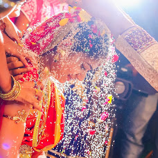 Wedding photographer Santosh Varma (photoexit). Photo of 26.09.2015