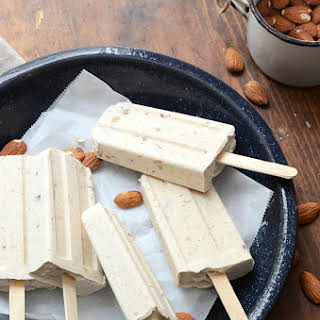 Cinnamon and Toasted Almond Dulce de Leche Cheesecake Popsicles.