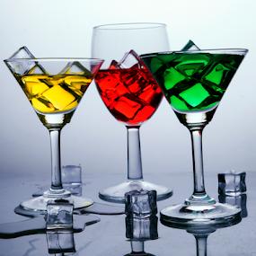 by Deepak Goswami - Artistic Objects Glass
