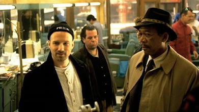 """Photo: David Fincher dirige Morgan Freeman em """"Se7en - Os Sete Pecados Capitais""""."""