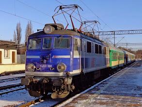 """Photo: EU07-188, IR """"Sokoliki"""" Olsztyn Główny - Jelenia Góra {Toruń Główny; 2013-12-08}"""