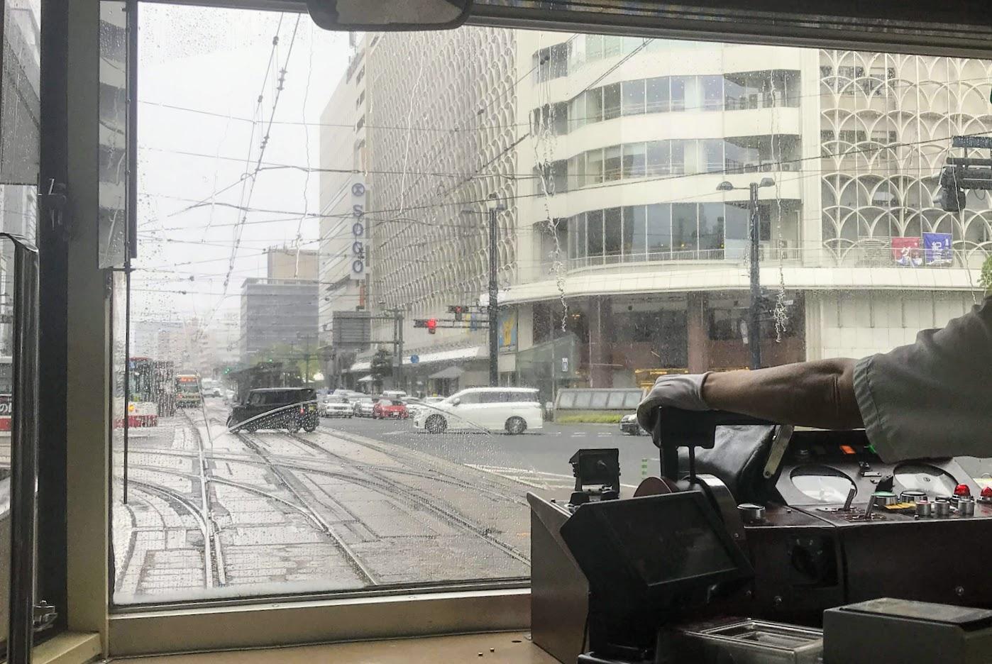 雨天の電車