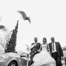 Wedding photographer Stathis Komninos (Studio123). Photo of 20.03.2017