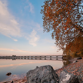 Autumn lake by Nikos Koutoulas - Landscapes Waterscapes ( λίμνη waterscape, autumn, φθινόπωρο, reflection water, γέφυρα, greece, veroia, ελλάδα, lake bridge, νερό, βέροια )