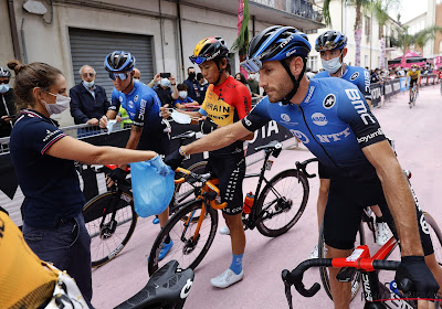 """Voormalige ploegmaat van Campenaerts hangt zijn fiets aan de haak: """"Fier dat ik 12 grote ronden heb gereden!"""""""