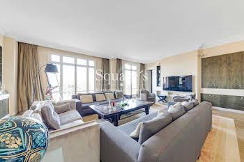 Appartement 7 pièces 255 m2