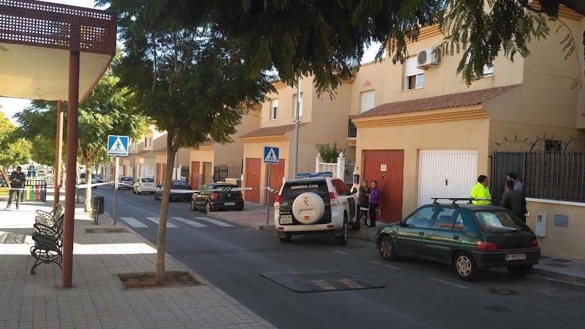 Vivienda de Huércal de Almería donde vívía y fue asesinada la víctima