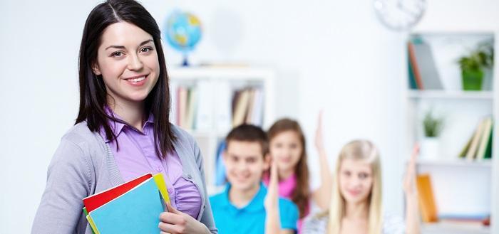 Muốn học tốt tiếng Anh, có bắt buộc phải học trung tâm?