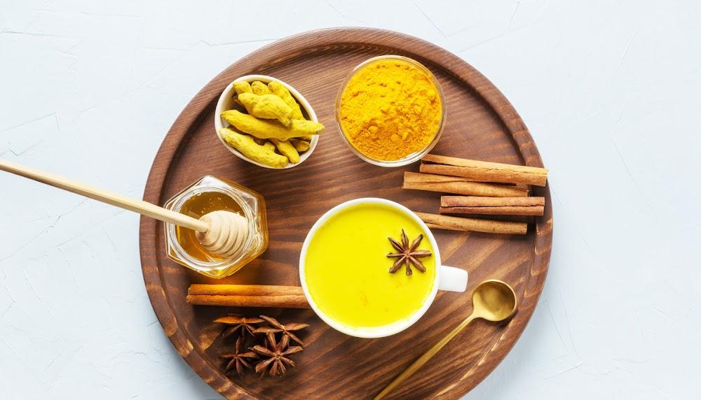 unusual-chai-recipes_turmeric_golden_chai