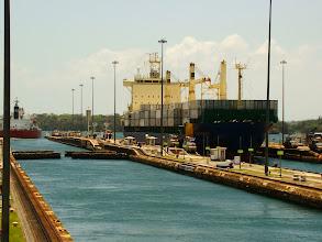 Photo: #022-Les bateaux se succèdent dans les 2 sens