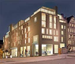 G&V Royal Mile Edinburgh