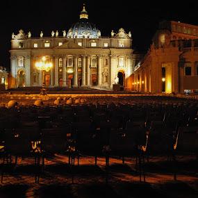 St Peters Square by Greg Crisostomo - Buildings & Architecture Public & Historical ( rome, st peters square, michaelangelo, vatican, basilica,  )