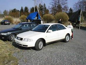 Photo: Vuonna 1998 työpaikka vaihtui taas - ja sen myötä Megane takaisin Audiin, tässä Satavassa matkalla veneelle tai veneeltä