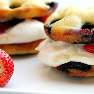 Blueberry Pancake Whoopie Pies with Ricotta Cheese Frosting
