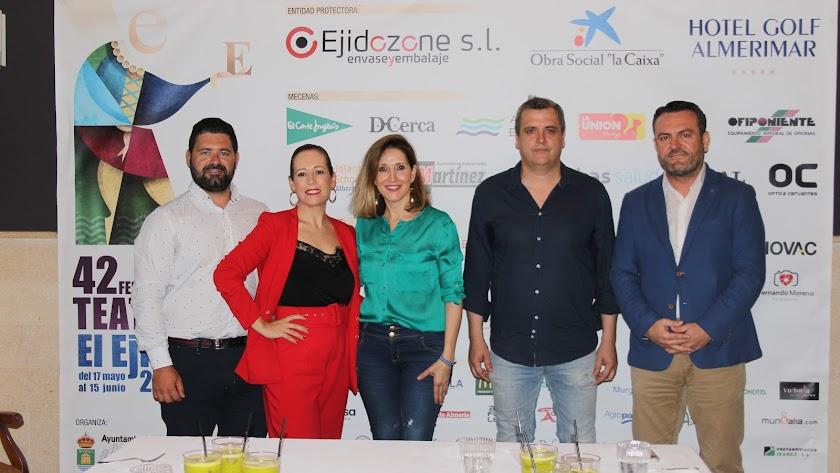 Presentación de la actividad Teatro Comestible, del Restaurante La Costa, ayer.