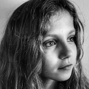 Young girl 2 by Lauren DeJarnatt Yoder - Babies & Children Child Portraits ( girl, black  white, young, profile,  )