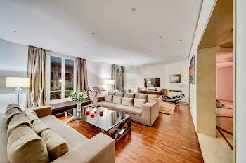 Appartement 7 pièces 284,2 m2