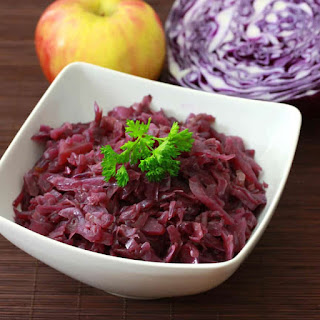 Traditional German Rotkohl (Sweet/Sour Red Cabbage) Recipe