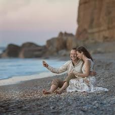 Wedding photographer Olga Selezneva (olgastihiya). Photo of 02.08.2017