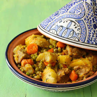Recipe of Tajine Jelbana (Peas Tagine).