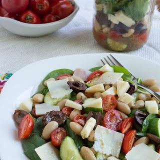 Mason Jar Tuscan Bean Spinach Salad