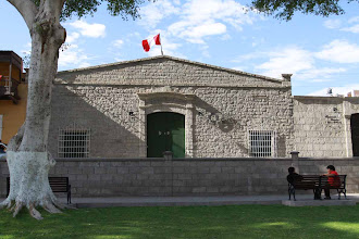 Photo: Casa de Mercedes Cabello Ayacucho 560 Plaza de Armas / Moquegua (28 y 29-Julio-2012)